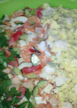 Праздничный салат из копченой курицы