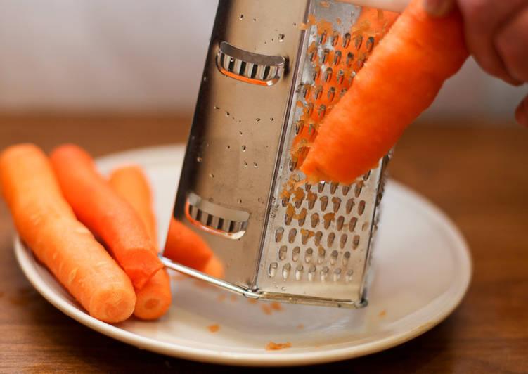 Скромно, сердито, дешево морковные «рафаэлло»