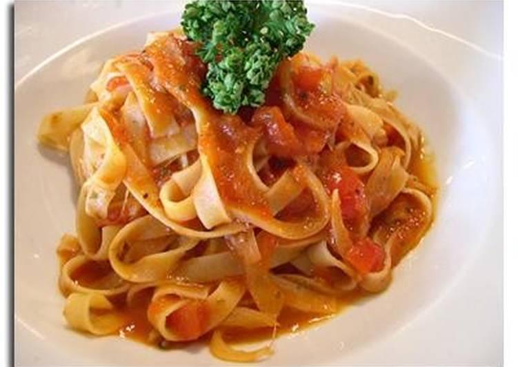 Тальиателла с томатным соусом