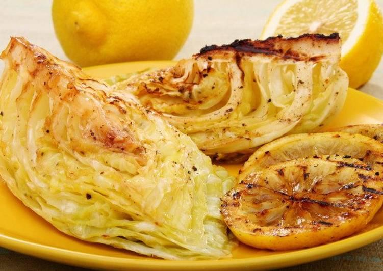 Жареная капуста с лимонным соусом