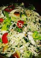 Салат с отварной куриной грудкой