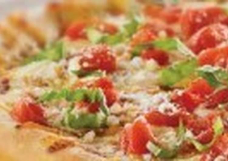 Пицца с тремя видами мяса «Три поросенка»