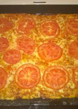 Пицца с вареной колбасой