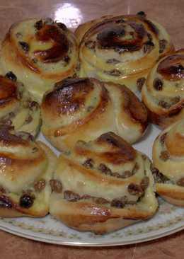 Французские булочки с изюмом