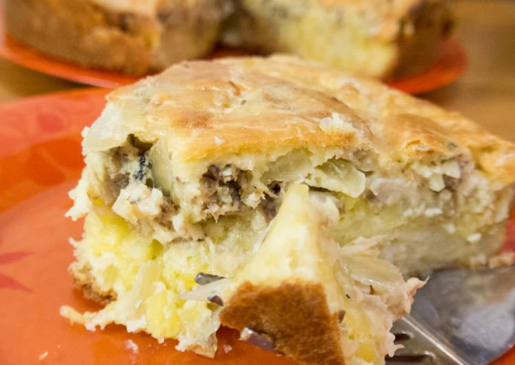 Нежнейший заливной пирог с картофелем и сайрой! Вкусно, просто нет слов! Проверенный и простой рецепт