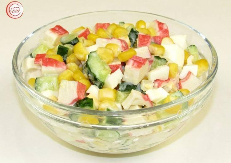 Салат с крабовыми палочками. Просто, быстро и очень вкусно