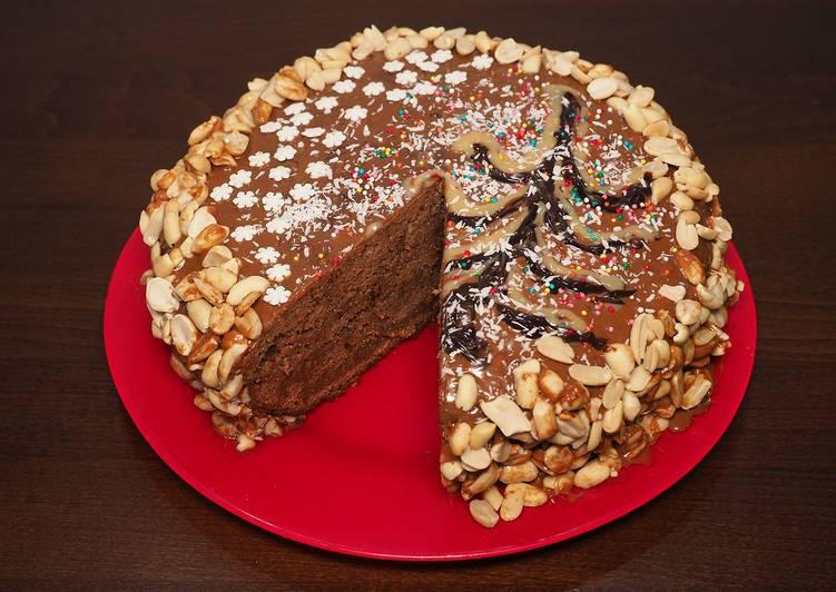 Домашний шоколадный торт в мультиварке