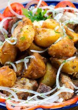Казан-кебаб с говядиной, свининой и вкусным маринованным луком