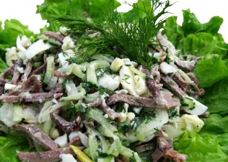Новогодний салат с языком «Вацлавский»