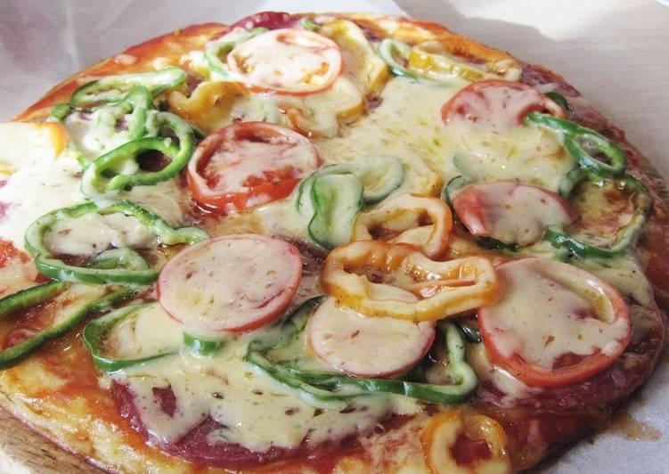 Пицца на сковороде на кефире за 10 минут