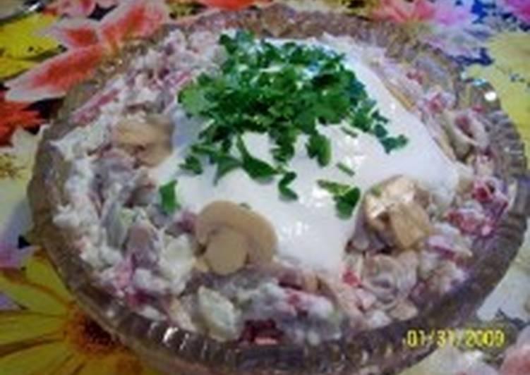 Салат грибной с репой