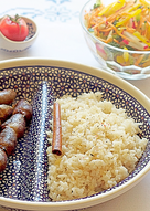 Шашлычки из потрошков и рассыпчатый рис корицей
