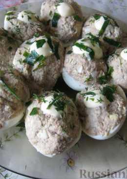 Яйца, фаршированные сардинами