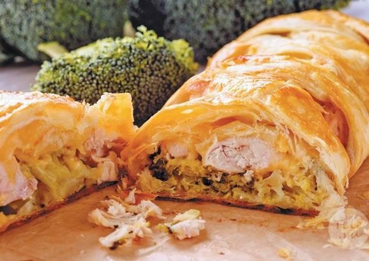 Рулет с курицей и сыром