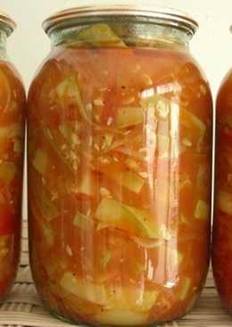 Салат-заготовка из помидоров и болгарского перца