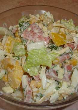 Салат с пекинской капусты и колбасой