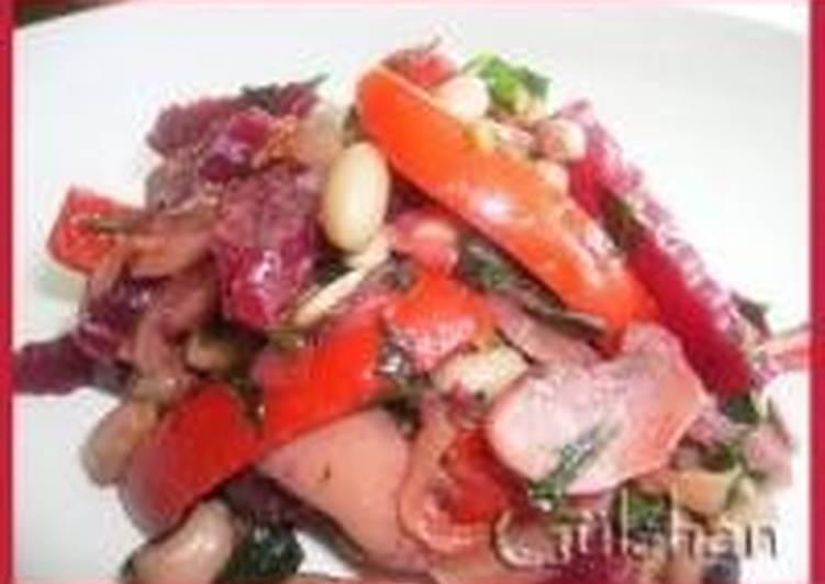 Горячий фасолевый салат