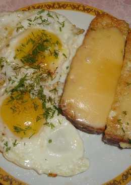 Гренки с яйцом