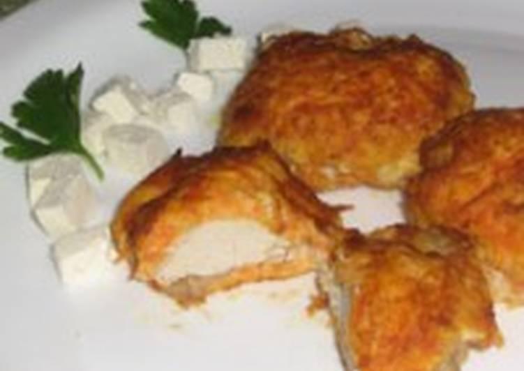 Шницель из индейки с сыром и зеленью