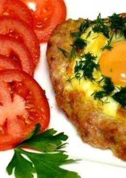 Шницель с яйцом и сыром