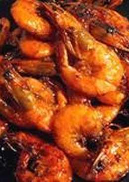 Креветки жареные в панцире с чесноком и медом