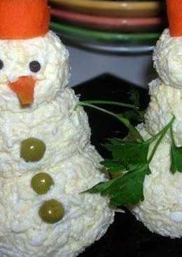 Закуска на скорую руку «Снеговики»
