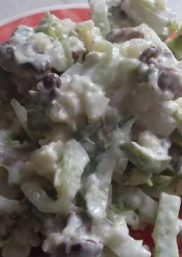 Легкий салат с лисичками