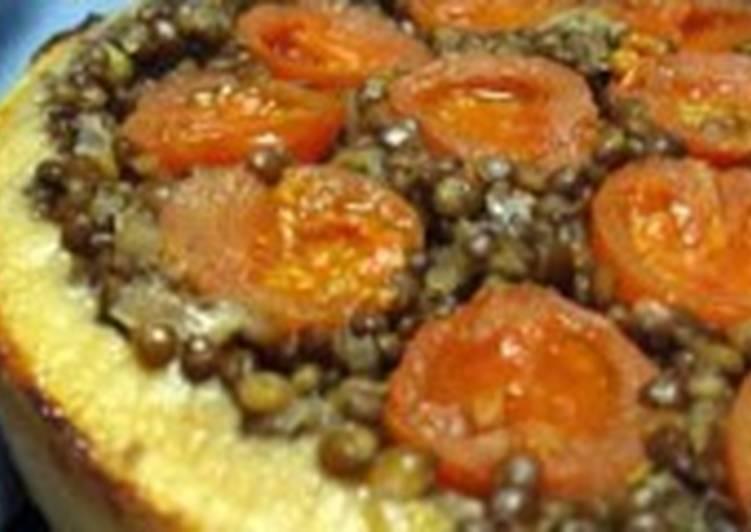 Пирог постный «Перевернутый» с чечевицей и помидорами