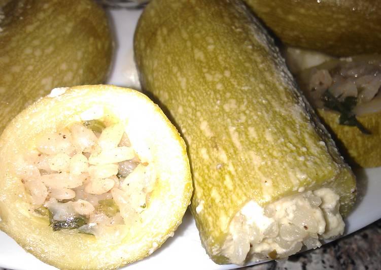 Фаршированные кабачки.Кабачки фаршированные в сметанном соусе