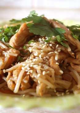 """Рисовая лапша """"Hu Teu"""" с курицей"""