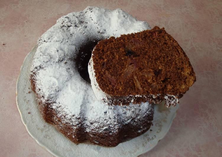 Яблочный пирог на карамелизованном сиропе