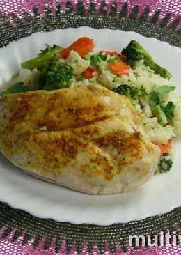 Куриное филе и рис с овощами