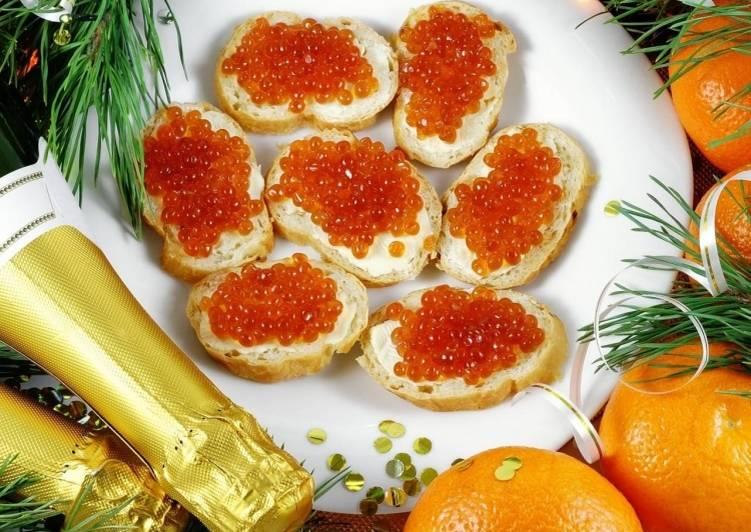 Бутерброды с икрой на Новый год