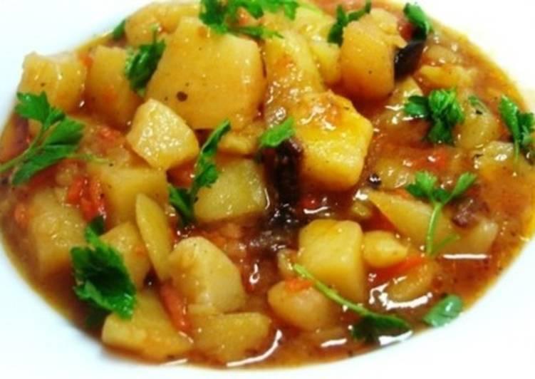 Картофель с мясом, тушеные по-татарски