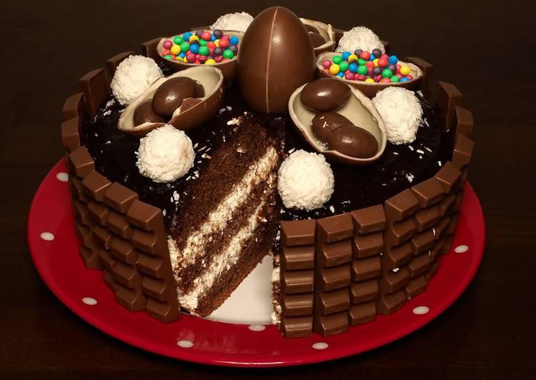 Новогодний вкусный детский торт Киндер Делис