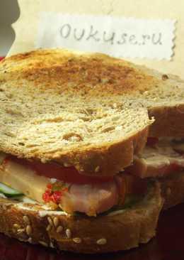 Сэндвич с индейкой и овощами