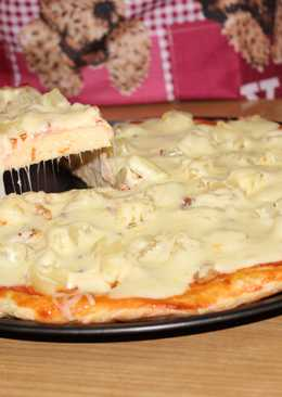 """Пицца """"Гавайская"""" с курицей и ананасами"""