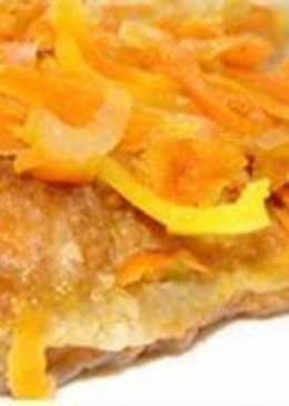 Тушеная с луком и помидорами рыба