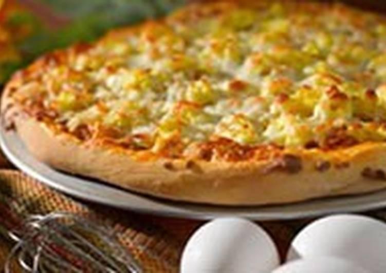 Пицца с говядиной и яйцами