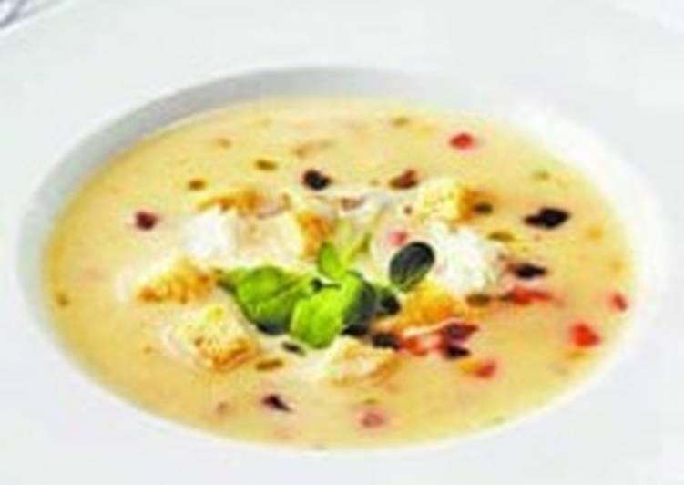 Молочный суп с клецками из картофеля