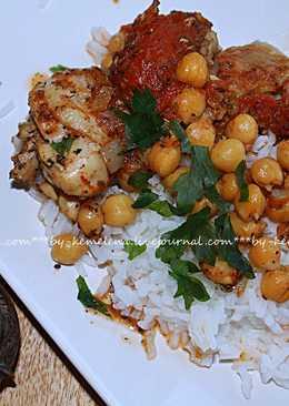 Курица с нутом и томатами в собственном соку, вариация на тему алжирской кухни (Джэж бальхумус)