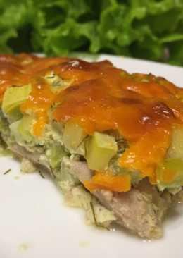 Запеканка с мясом, кабачком, зеленью и сыром