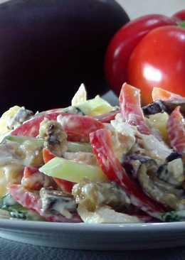 Салат из овощей и курицы! Очень вкусно, очень сытно