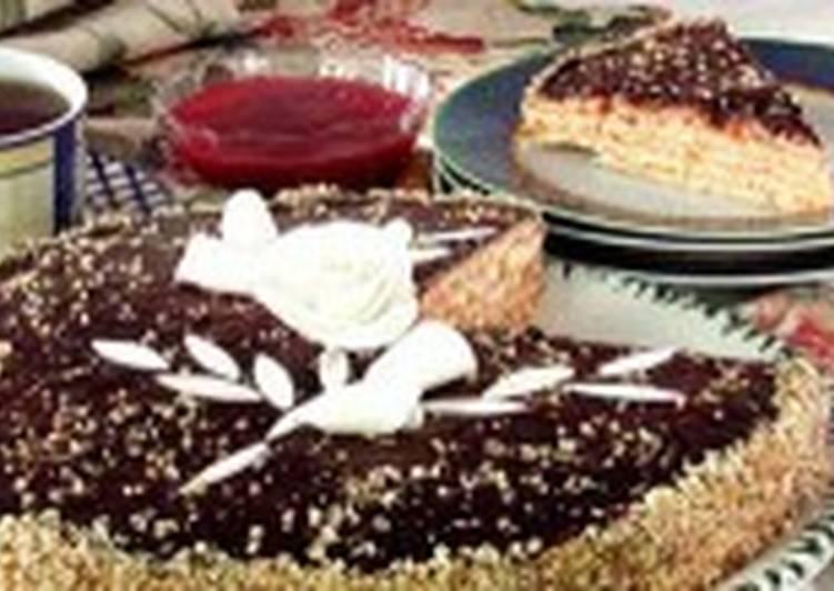 Торт с малиновым кремом