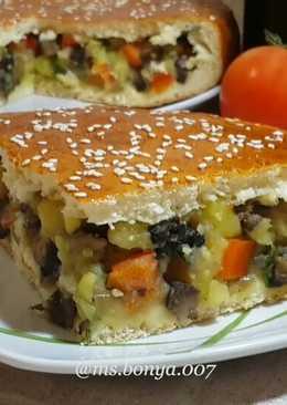 Пирог с овощами и грибами