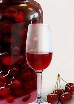 Настойка ягод вишни на коньяке – лучший рецепт