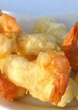 Креветки с картофелем в кляре по-японски