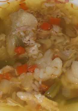 Суп куриный с рисом и овощами