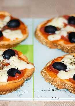 Пиццы - бутерброды за 10 минут