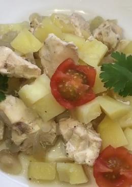 Курочка с картошкой в горшочке #кулинарныймарафон